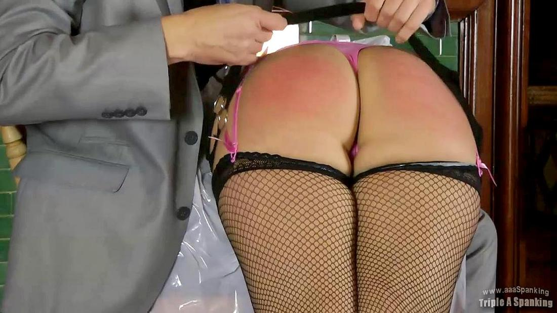 cute bottom spanking